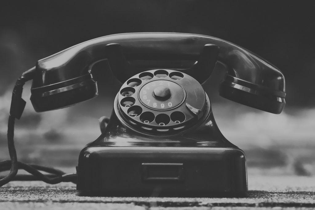 Téléphone 01 84 21 88 48